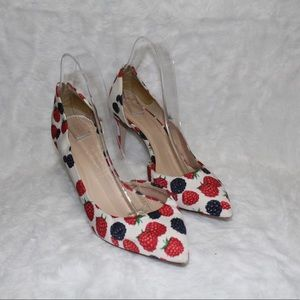 😍NEW LISTING😍 J.Crew berry pointed pumps